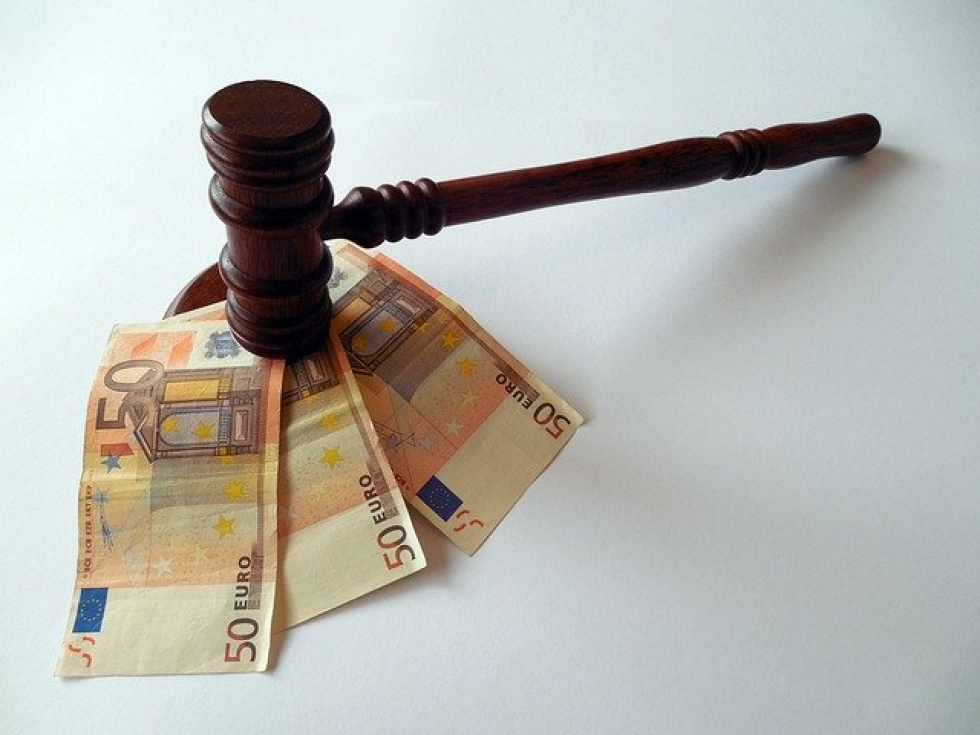 Ilustrační obrázek pro článek Vrácení soudního poplatku vřízení zahájeném a zastaveném v  důsledku chyby státního orgánu